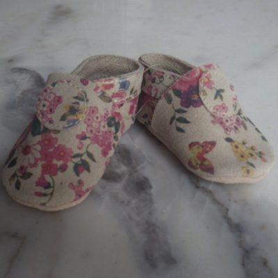 chausson-basique-gris-fleuris-3-resized