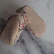 chausson-basique-gris-fleuris-4-resized